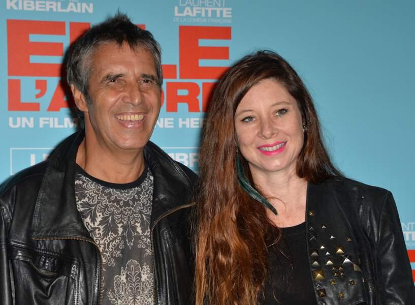 """Julien Clerc et Hélène Grémillon à l'avant-première du film """"Elle l'adore"""" à Paris en 2014"""