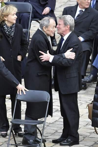Bernard Kouchner et Michel Rocard se saluent
