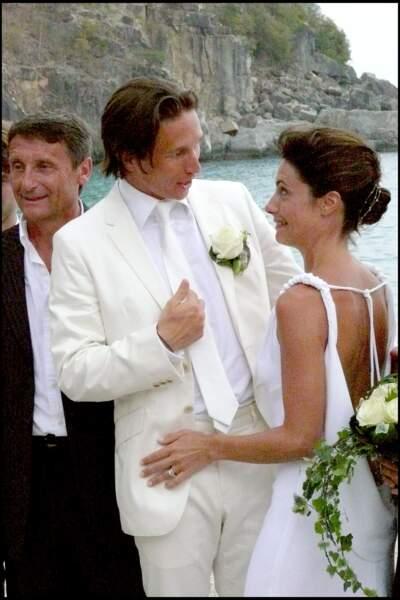 Alessandra Sublet et Thomas Volpi, tous les deux vêtus de blanc