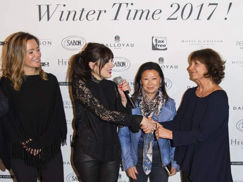 Nolwenn Leroy, aux côtés de Stéphanie Fugain et Sandrine Quétier