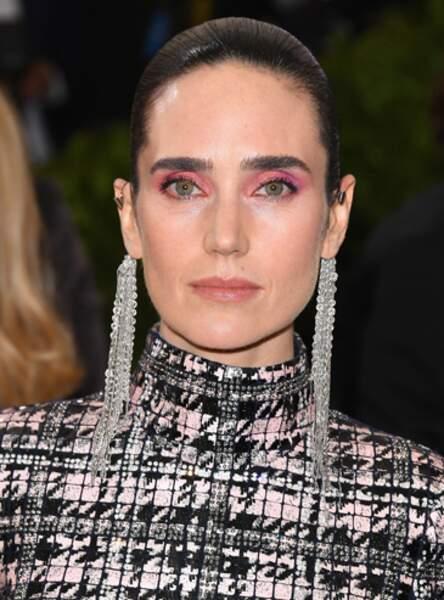 Le maquillage rose pop de Jennifer Connelly