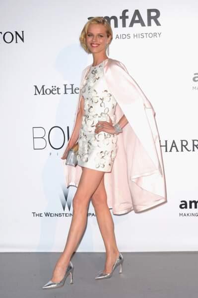 Eva Herzigova en Dior, mise en beauté Dior