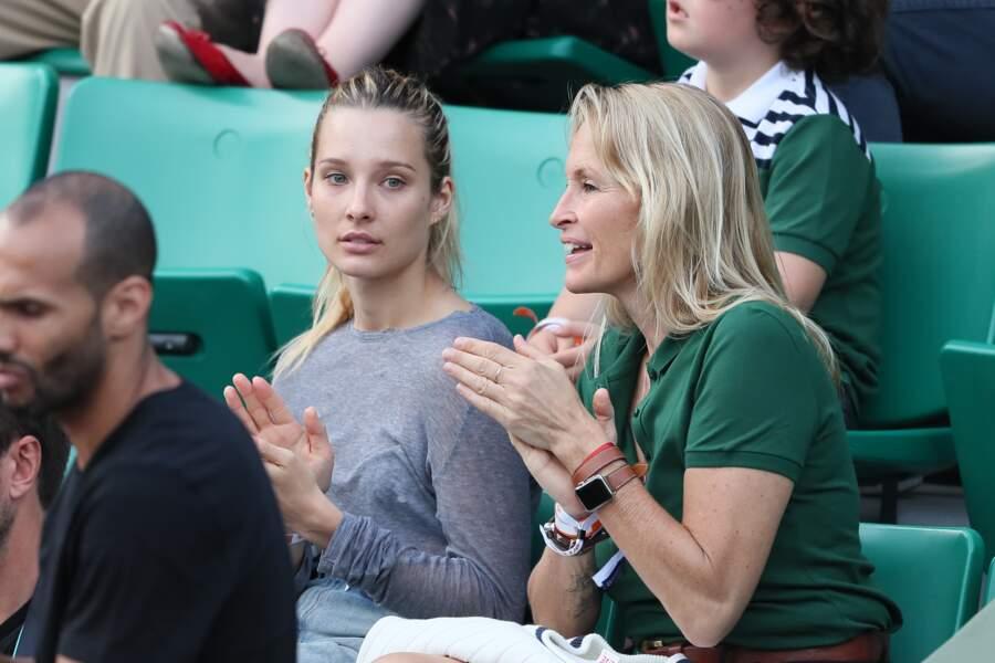 Les deux femmes célèbrent la victoire de Rafael Nadal