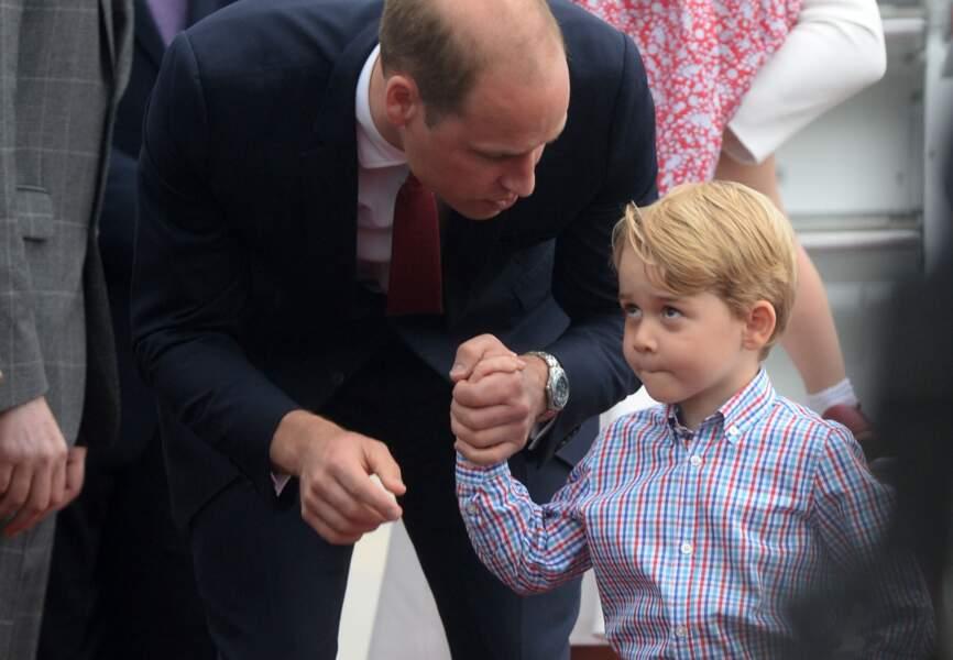 La moue boudeuse du prince Georges a fait le tour du monde...