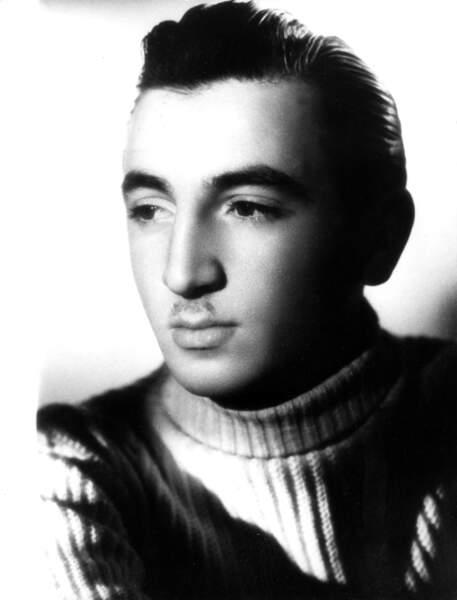 Charles Aznavour, en 1944.