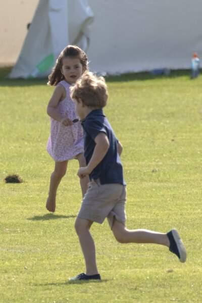 A 3 ans, sa soeur Charlotte, elle, serait une séductrice.