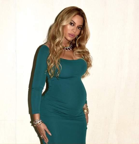 Beyoncé, son ventre de plus en plus rond