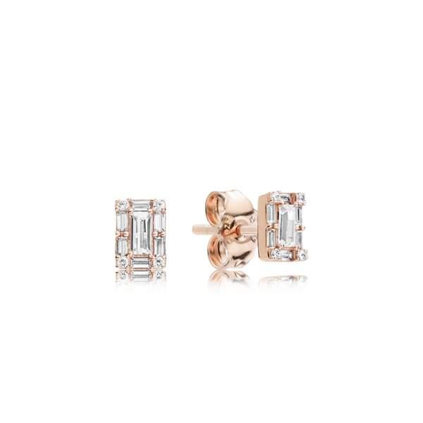 Boucles d'oreilles Glace Lumineuse, 69 €, Pandora.