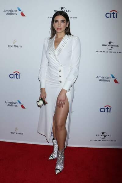 La chanteuse Dua Lipa en Alessandra Rich aux Grammy Awards à New York, le 28 janvier 2018
