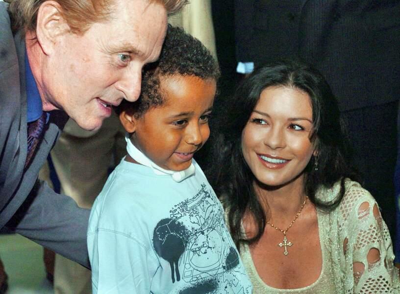 Le couple en visite à l'Hôpital des Enfants de Cardiff (2006)
