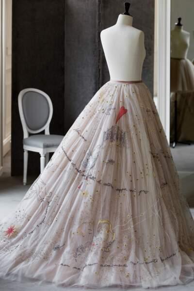 La seconde robe de mariée de Chiara Ferrragni avec des paroles de chanson de son mari