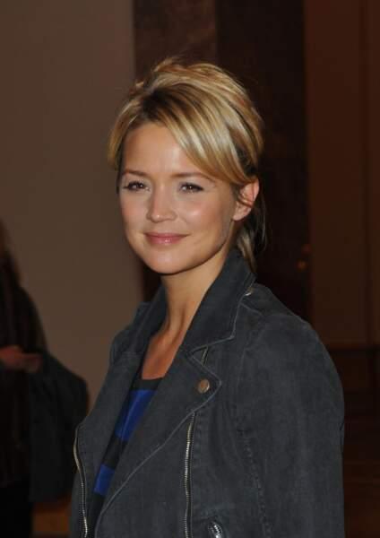 2010 Virginie Efira avec un make-up toujours lumineux et un blond doré
