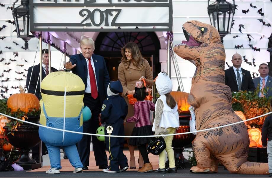 Melania et Donald Trump ont fêté Halloween à la Maison Blanche avec les enfants le 30 octobre