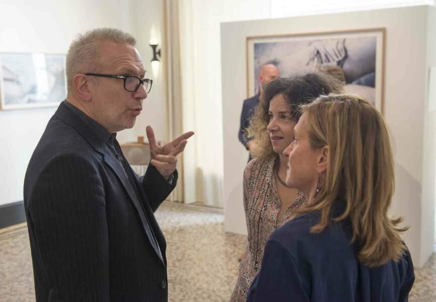 Jean Paul Gaultier, Sylvie Lancrenon et Natalie Engelstein, collaboratrice de la photographe et amie de Mylène