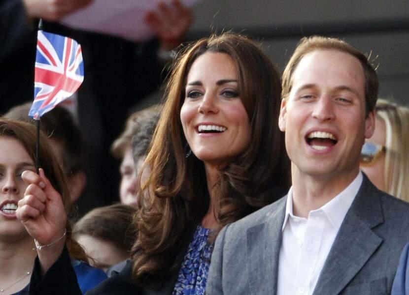 Kate et William, enthousiastes lors du concert pour le jubilé de diamant de la reine, le 4 juin 2012