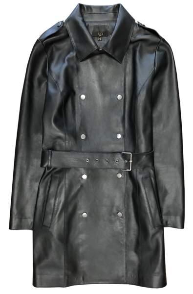 Dark, trench en cuir noir, 450 € (1.2.3.).