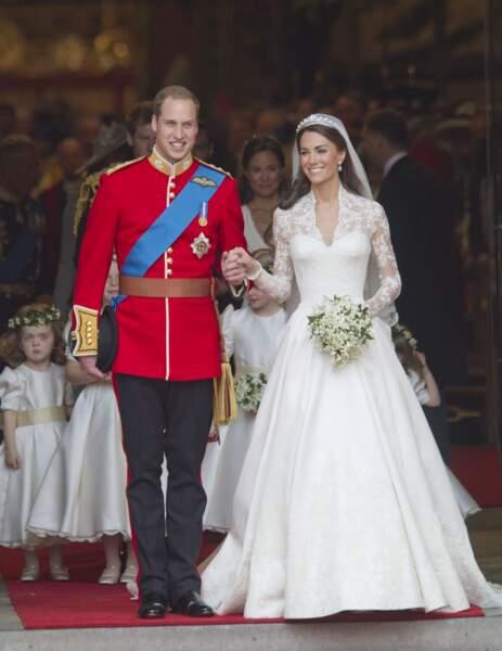 William et Kate à la sortie de l'abbaye de Westminster, après leur cérémonie de mariage le 29 avril 2011