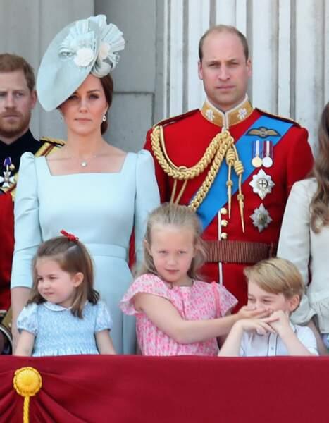 """Savananah Philipps très taquine avec le prince George au balcon de """"Trooping The Colour"""", en 2018"""