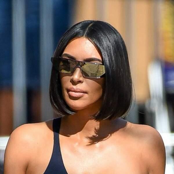 Kim Kardashian, la reine des tendances avec son carré lustré