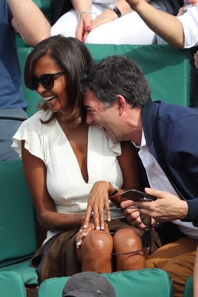 Karine Le Marchand et Stéphane Plaza, très complices à Roland-Garros à Paris, le 4 juin 2017