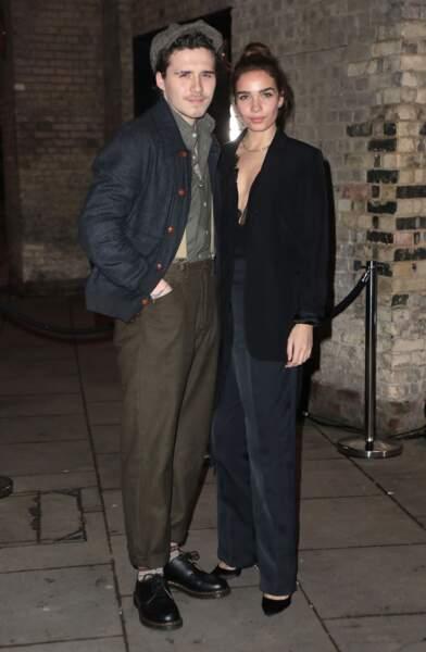 Brooklyn Beckham et Hana Cross ont posé pour les photographes