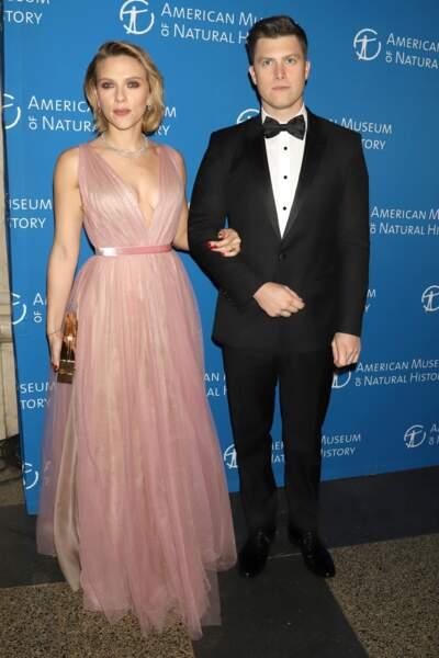Scarlett Johansson, très sexy avec cette robe transparente qui dévoile un tatouage méconnu sur le buste