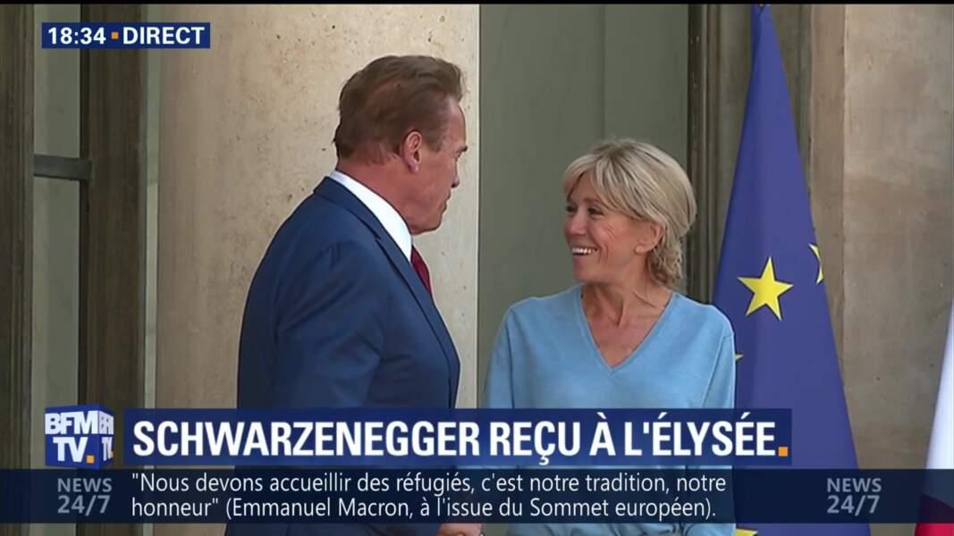 Brigitte Macron rencontre Terminator Arnold Schwarzenegger à l'Elysée