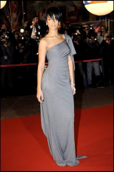 Rihanna, star de la cérémonie des NRJ Music Awards à Cannes en 2008