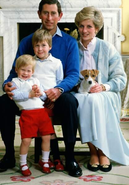 Le Prince Charles, Diana, William et Harry en 1986