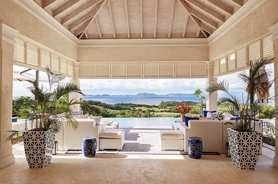 Mais c'est surtout la vue qui fait le charme de la somptueuse villa de Kate et William