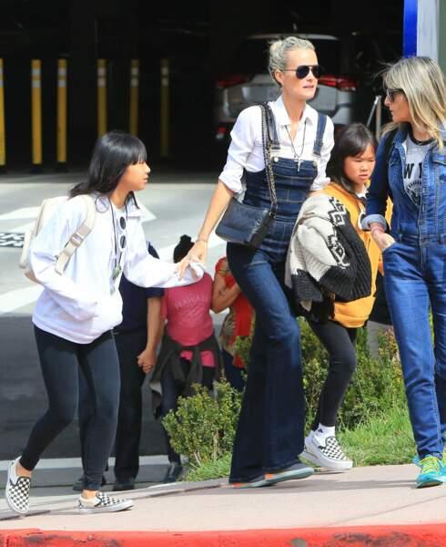 Laeticia Hallyday, Jade et Joy passent la journée à Universal Studios