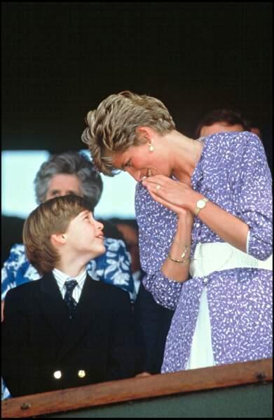 Le prince William et la princesse Diana dans les tribunes de Wimbledon en 1991