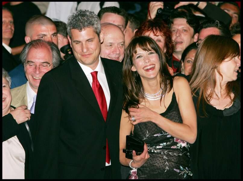 Sophie Marceau bras de Jim Lemley à Cannes en 2004.