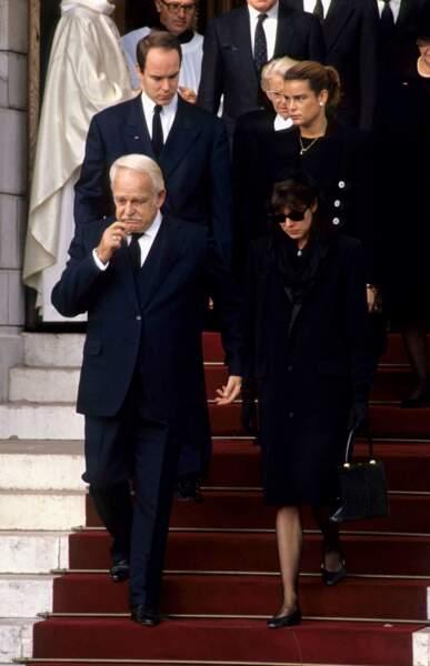 Rainier, Caroline, Albert et Stéphanie aux obsèques de Stephano Casiraghi à Monaco en 1992