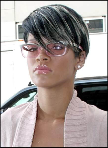 Les mèches blondes de Rihanna