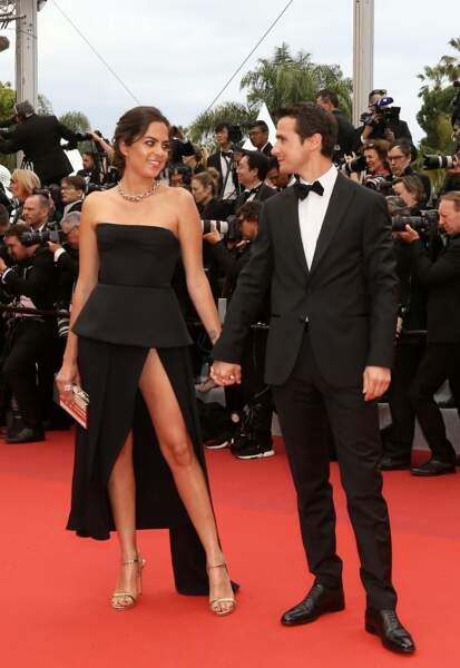 Anouchka Delon a fait le déplacement au Festival de Cannes en compagnie de son cher et tendre, Julien Dereims