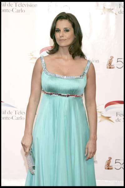 Faustine Bollaert élégante avec une robe de soirée verte claire à Monaco le 6 juin 2010