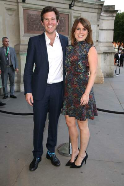 "Jack Brooksbank et la princesse Eugenie d''York, à la Summer Party ""Victoria and Albert Museum"" à Londres (2017)"