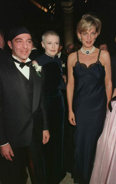 La princesse Diana fait sensation au Met Gala en 1995 dans une robe signée Versace