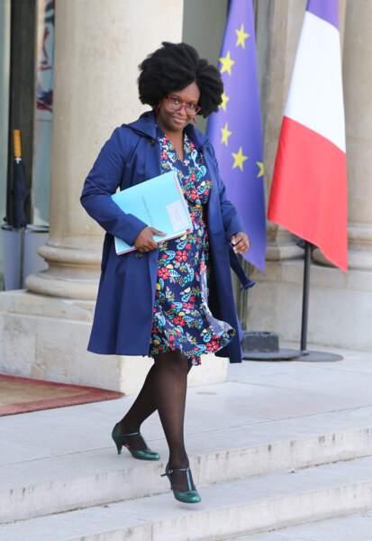 Reconnue pour ses tresses, Sibeth Ndiaye portait ses cheveux au naturel, ce 1er avril 2019