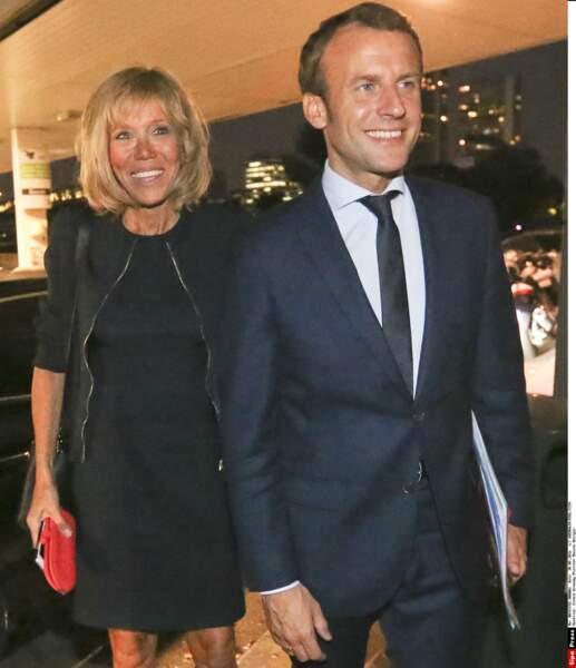 Brigitte Macron : un teint ensoleillé toute l'année