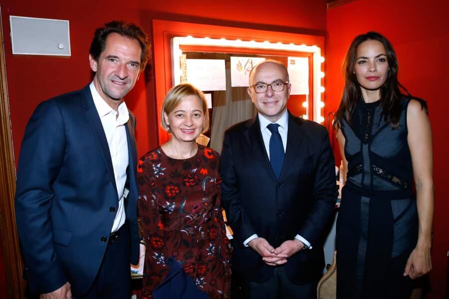 Stéphane de Groodt et Bérénice Bejo entourés de Bernard Cazeneuve et son épouse