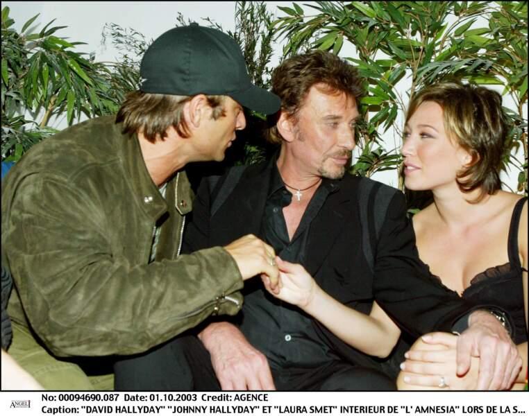 David Hallyday, Johnny et Laura Smet lors d'une soirée en 2003 à Paris