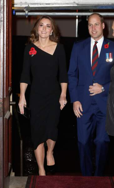 Kate Middleton et le prince William arrivent à un concert commémorant l'armistice de 1918 à Londres le 10 novembre.