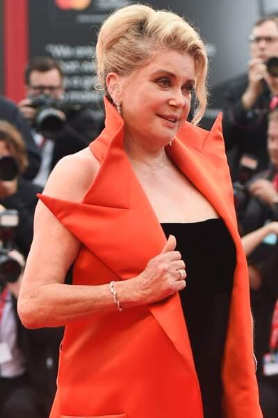 Sa tenue signée Jean-Paul Gaultier de la collection couture automne 2019, n'a laissé personne indifférent.