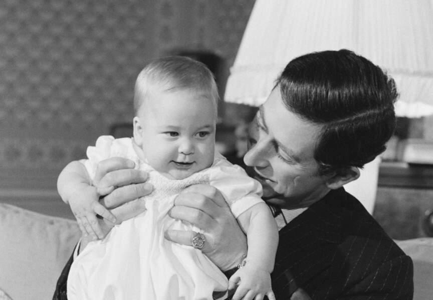 Le Prince Charles avec le jeune Prince William