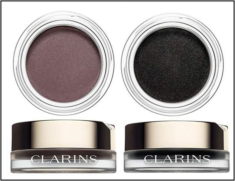 Un regard sophistiqué avec une ombre matte comme chez Clarins (28,50€)