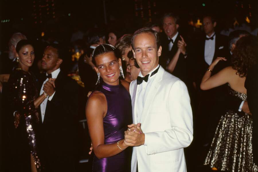 Stéphanie et Albert au bal de la Croix Rouge en 1987 à Monaco