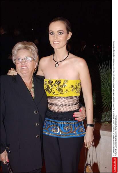 Mamie Rock et Laeticia Hallyday en 2003 à l'ouverture de l'Amnésia, le club de Johnny Hallyday et André Boudou