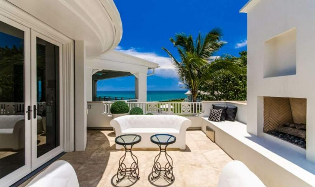 Bienvenu chez Céline Dion : une terrasse qui fait rêver